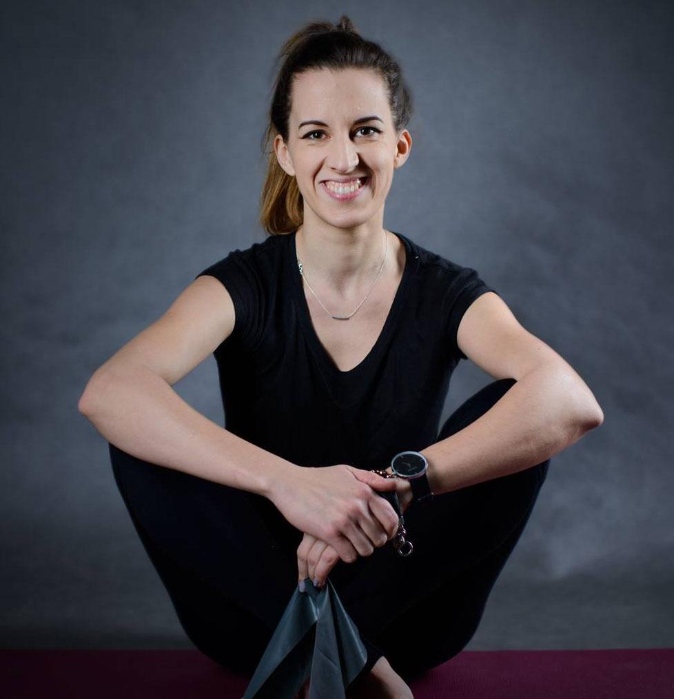 kobieta instruktor pilates